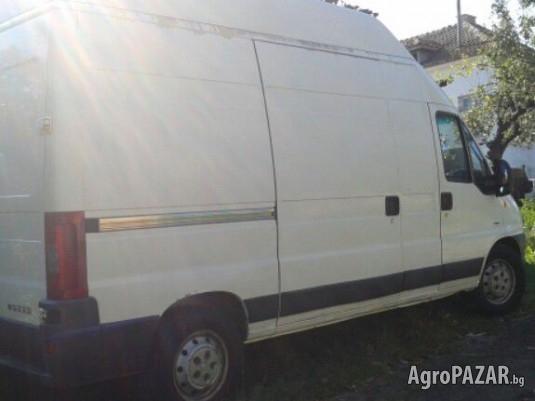 Транспортни услуги в София и страната с обемен закрит б